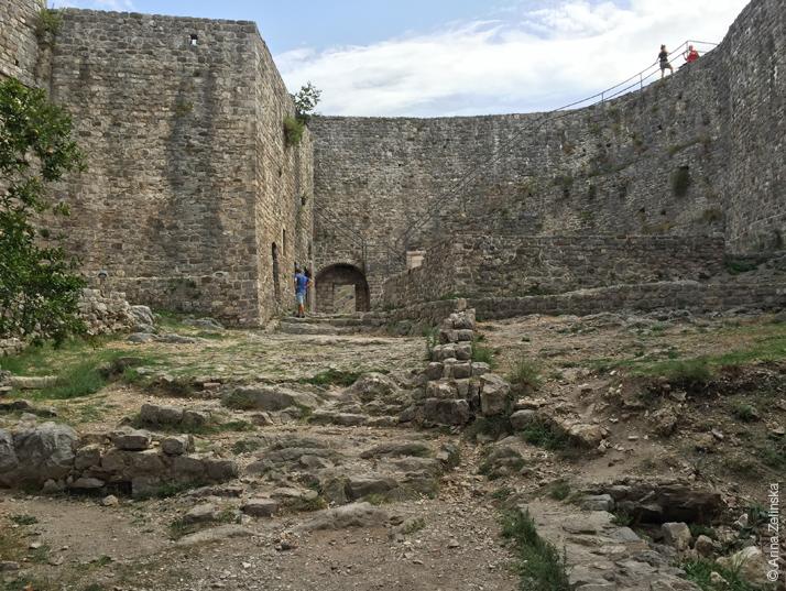 Крепостная стена Старого Бара, Черногория