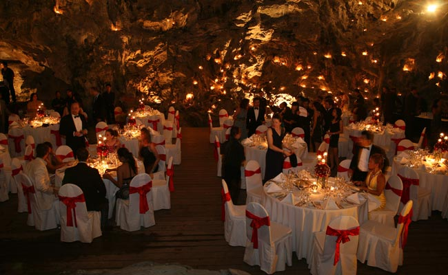 Romantic Dinner in Magic Cave - Emeraude Cruise