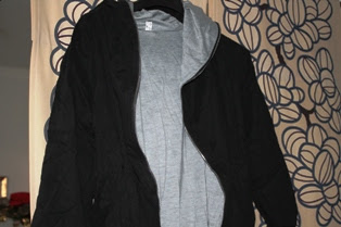 http://www.shein.com/Black-Hooded-Long-Sleeve-Pockets-Loose-Coat-p-161506-cat-1735.html?utm_source=anni6027.blogspot.it&utm_medium=blogger&url_from=anni6027