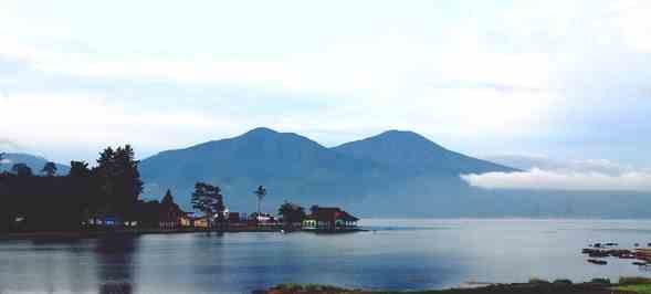 Wisata Danau Kerinci Jambi Indonesia