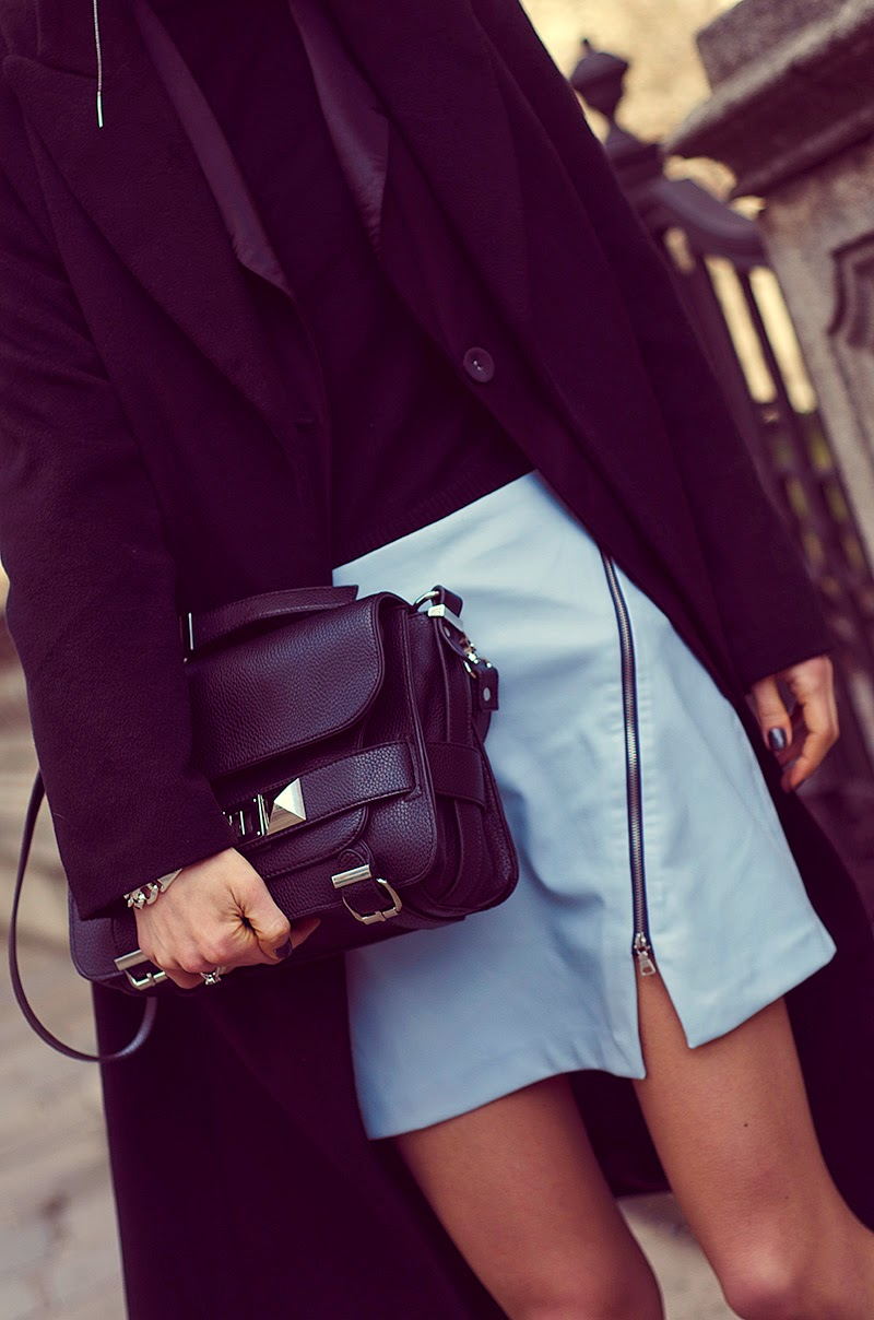 zara leather skirt with zip beeswonderland