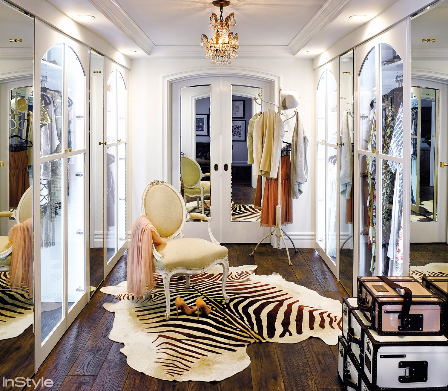 Beau Architectural Inspiration: Covetable Closet