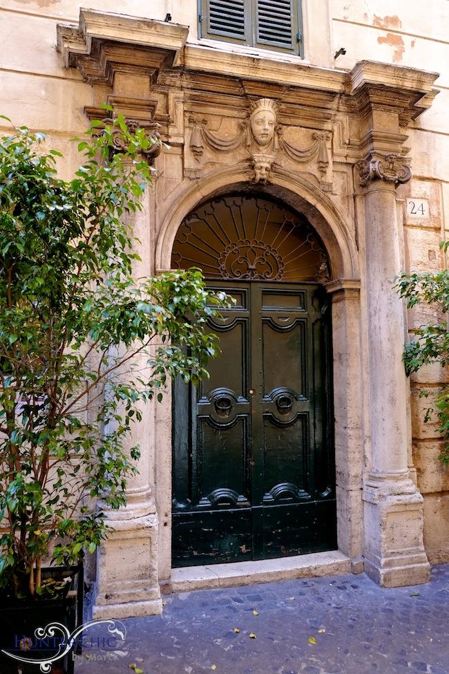 Roma-Carolina Herrera-zara-blog influyente-viaje-prada