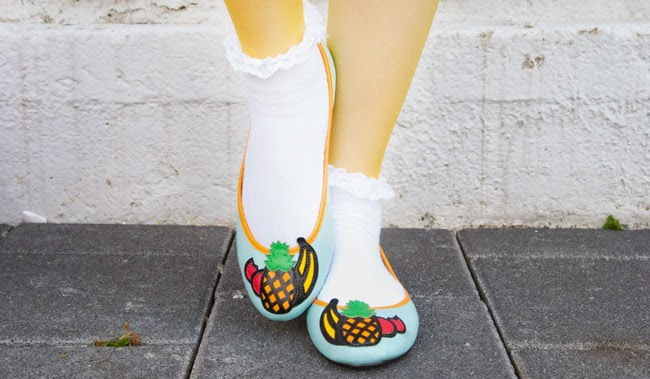 Carmen Miranda shoes, fruit shoes, fruit flats