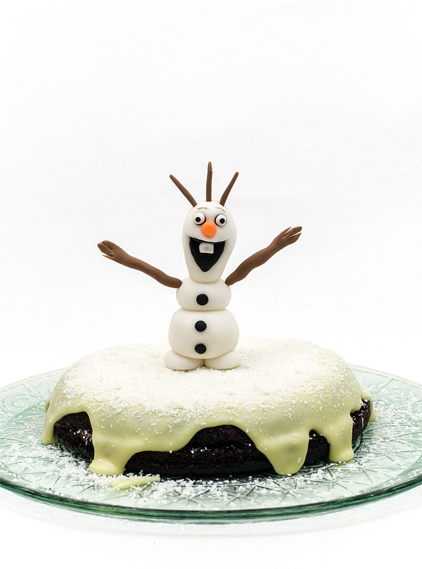 Frozen Olaf fondant figurine topper chocolate vegan cake
