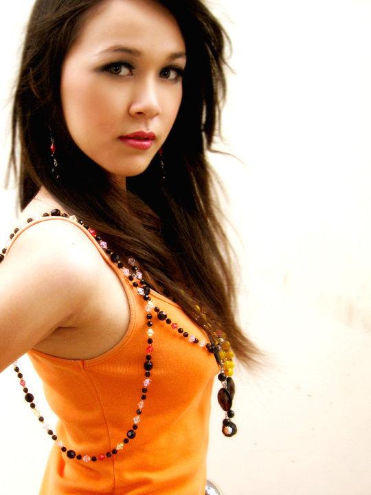 Myanmar Girl - Nan Thu Zar