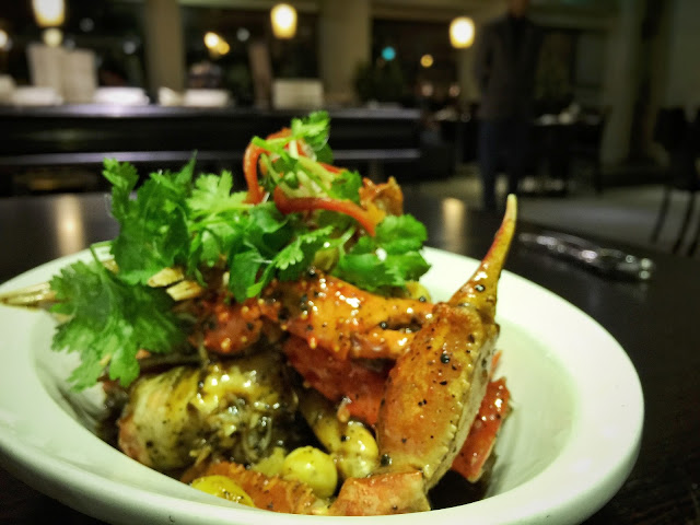 Street 50 Restaurant and Bar - Black Pepper Alaska Crab Claws with Gingko Nuts