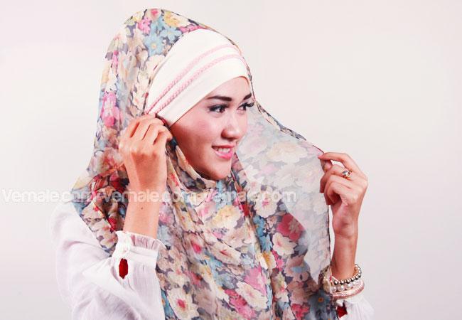 6 Step Mudah Berhijab Syar'i dengan Pashmina Pas Untuk Remaja