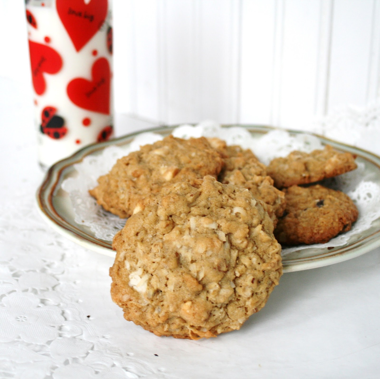I Thee Cook: White Chocolate Coconut Oatmeal Cookies