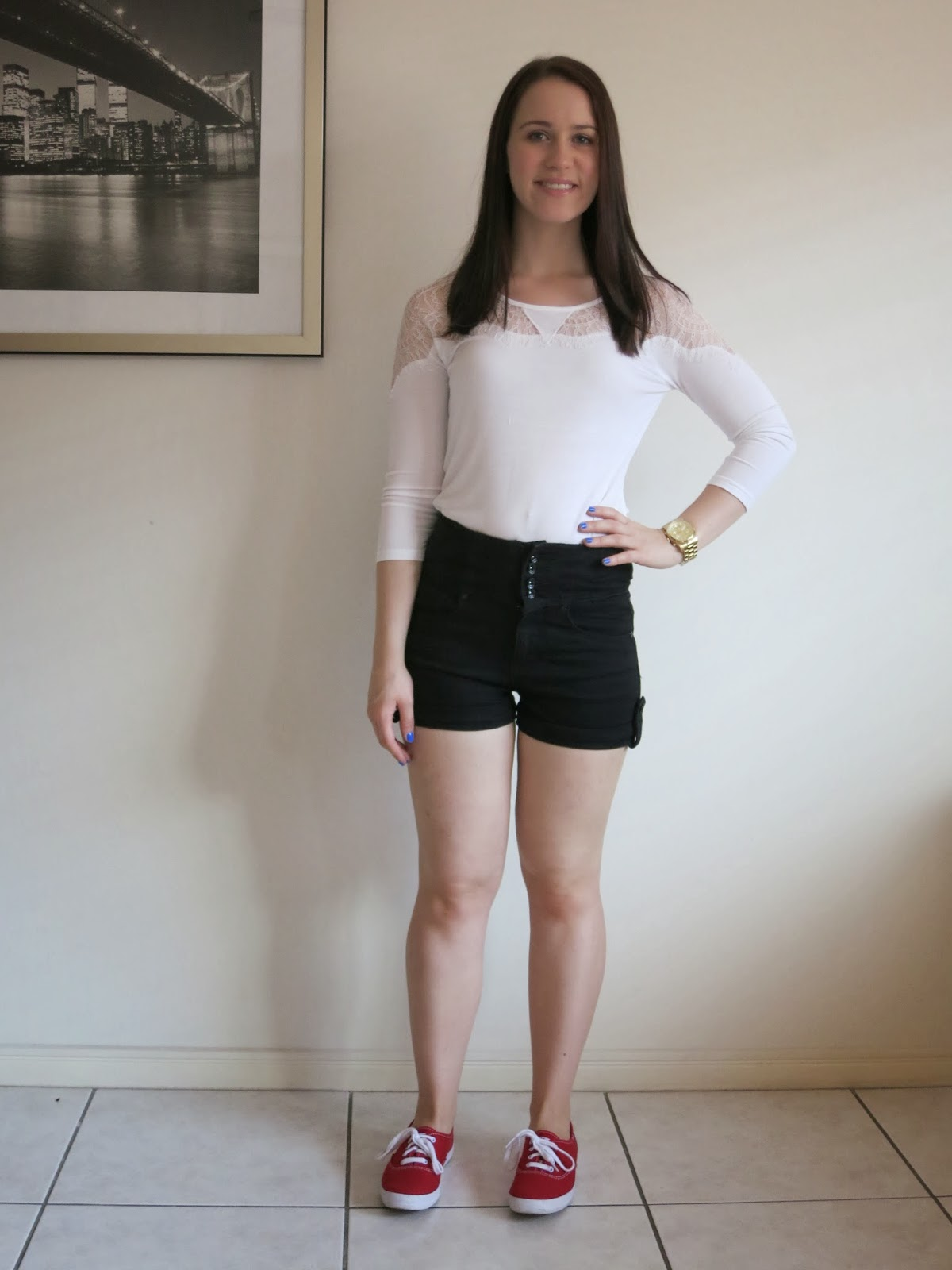 petite girl outfit, college outfit, university outfit, cream and lace top, black high waisted shorts, red keds