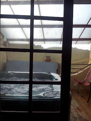 Jacuzzi privatif dans la chambre prêtée aux associés du Studio 54.