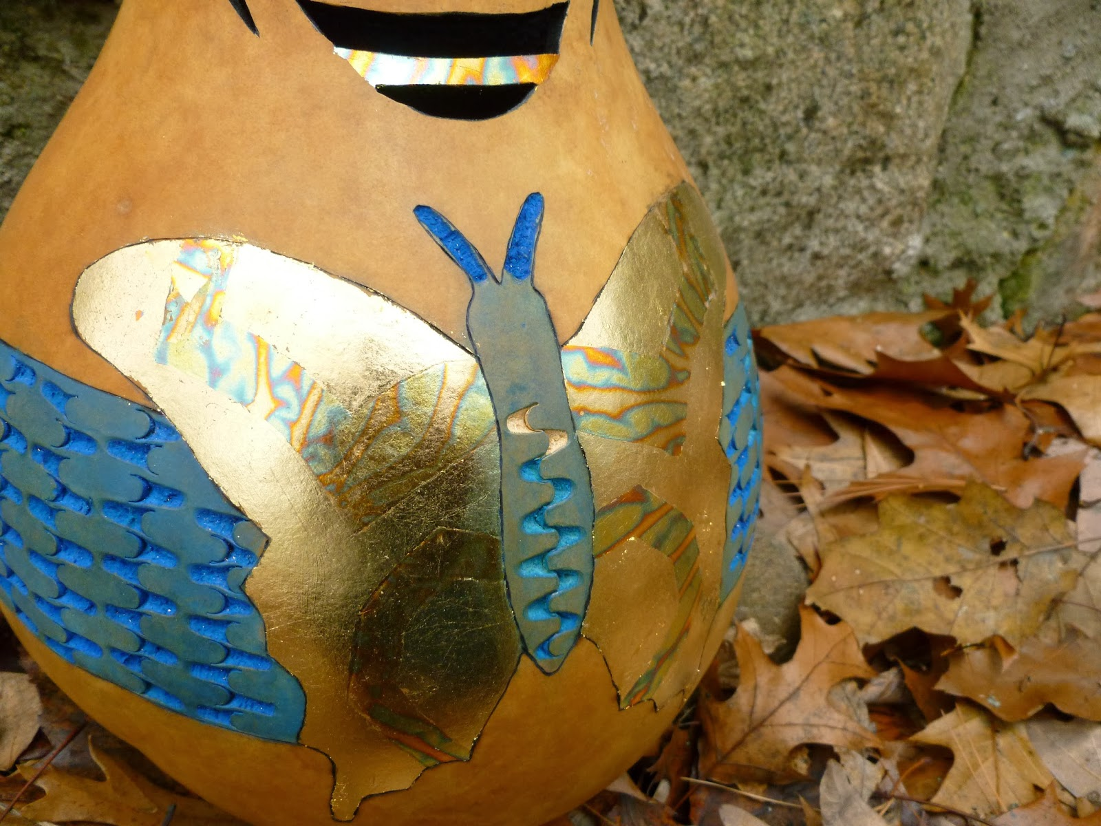 Bernadette s gourd creations how to chip carve a
