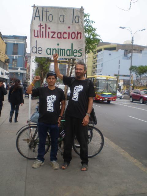 ACTIVISMO MUNDIAL EN BICICLETA POR LOS ANIMALES!