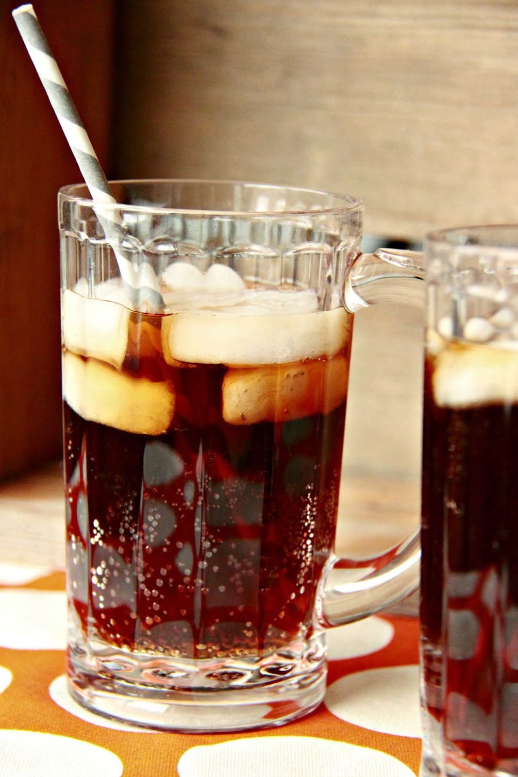 Just Another Day in Paradise: Homemade Root Beer