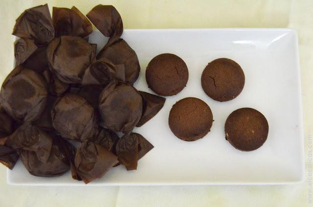 Mantecados de chocolate. Polvorones de chocolate