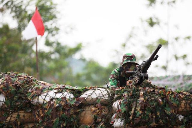 Personel Raider-100 siaga di perbatasan Indonesia-Malaysia