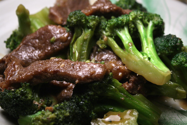The 99 Cent Chef: Beef and Broccoli Stir Fry