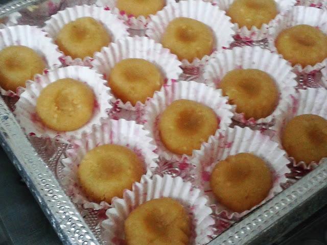 http://www.paakvidhi.com/2016/02/badaam-peda-almond-fudge.html