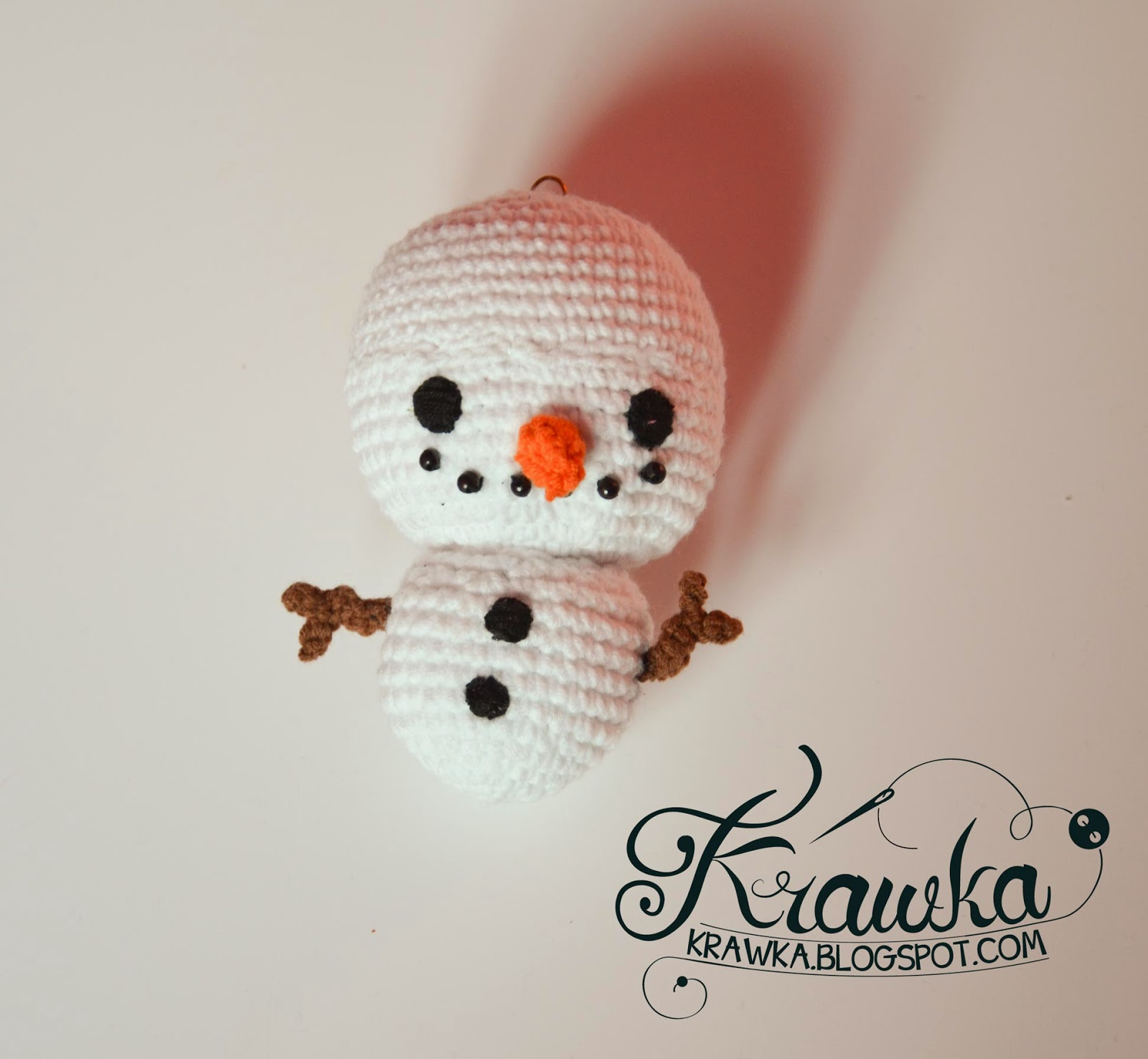 Krawka: Snowman Christmas Tree ornament crochet free pattern