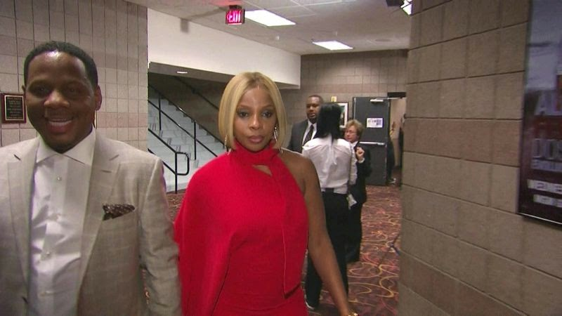 Mary J. Blige at Pacquiao vs Mayweather