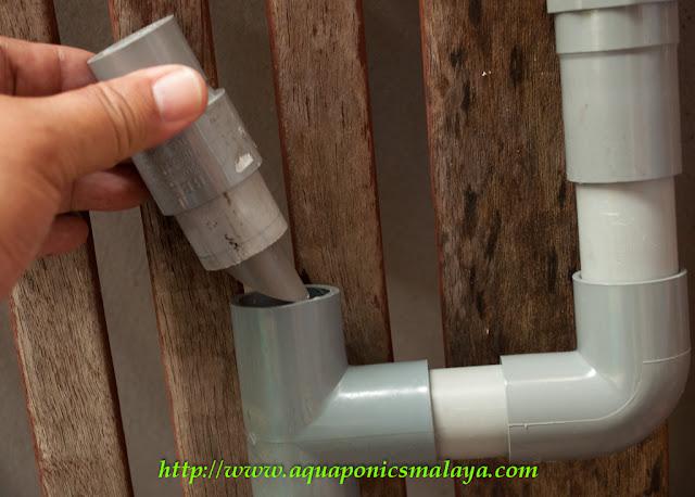 Affnan 39 s aquaponics siphon outlet assembly for Aquaponics aeration