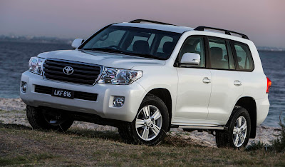 2013 Toyota Land Cruiser Owners Manual
