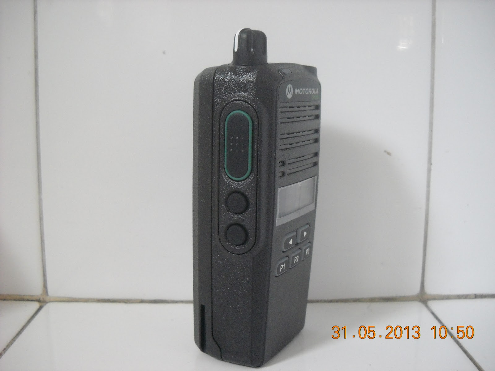 BARANG - HT MOTOROLA CP 1300 - KONDISI BARU - FREQ VHF - BATT LITIUM ...