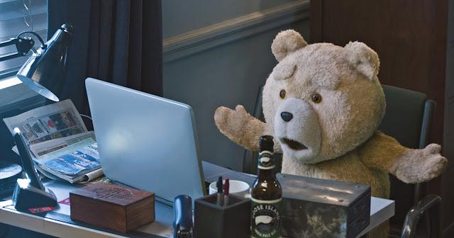 TED 2 | Sequência de comédia com Mark Wahlberg e Amanda Seyfried tem novo trailer divulgado