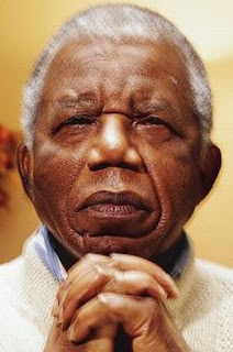 [OPINION] Cheta Nwaze: Tribute to Chinua Achebe