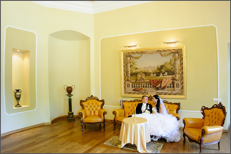 klasikinė vestuvinė fotografija taujėnų dvaro rūmuose
