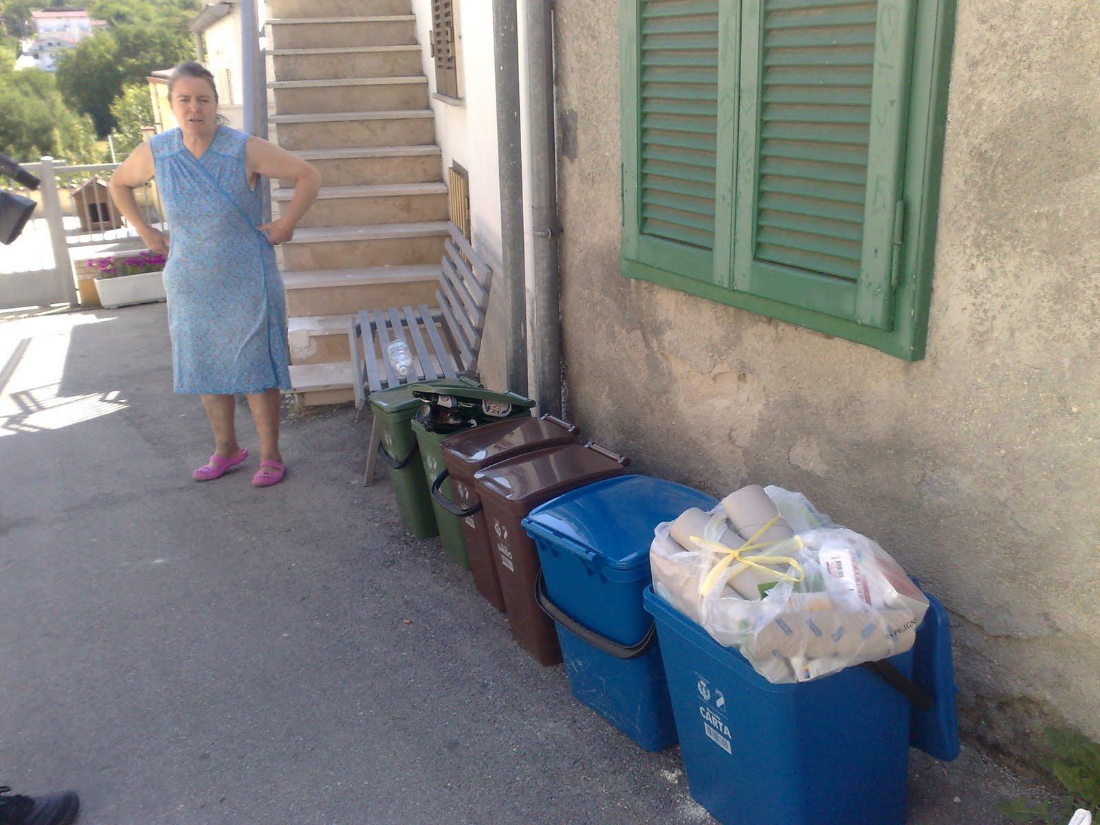 Centroabruzzonews bagnaturo vicini di casa divisi dalla raccolta differenziata - Vicini di casa rumorosi ...