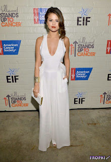 Selena Gomez   Hollywood Stands Up To Cancer Event 11.jpg