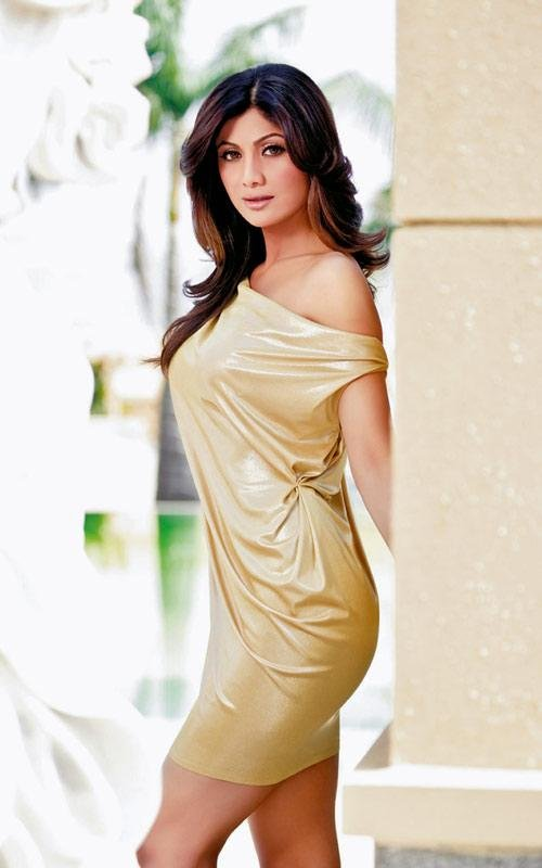 Shilpa Shetty in Mid Length Skirts for Summer Wear Fashion, Bollywood Fashion Updates