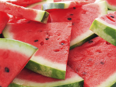 The major benefits of eating watermelon