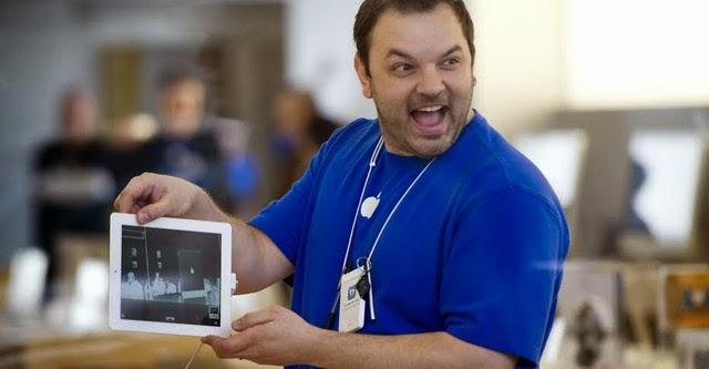 Nhân viên Apple nghĩ gì khi Tim Cook công khai đồng tính?