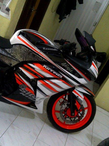 MOTOR NINJA 250, CHAMPION CUTTING STICKER JAKARTA