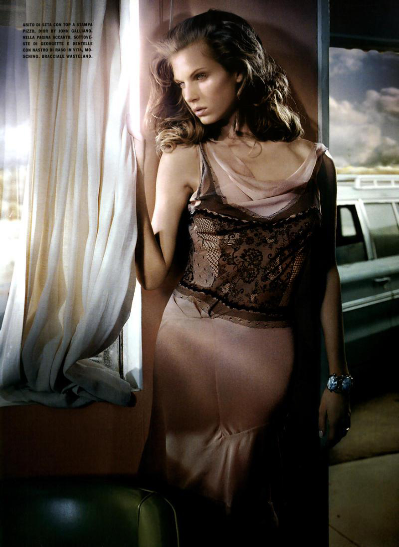 Angela Lindvall photographed by Vincent Peters for A star in her own style / Vogue Italia April 2006 via www.fashionedbylove.co.uk
