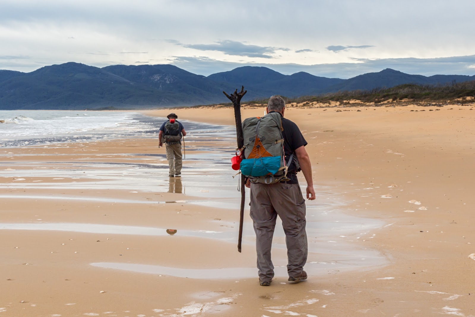 walking on five mile beach wilsons promontory
