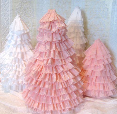Árboles de Navidad de origami, y más   Decor America Interiors