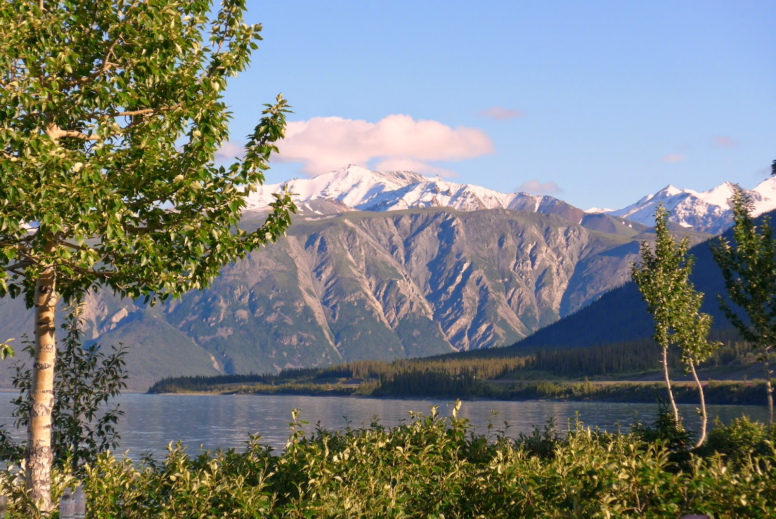 Kluane Lake, so beautiful.