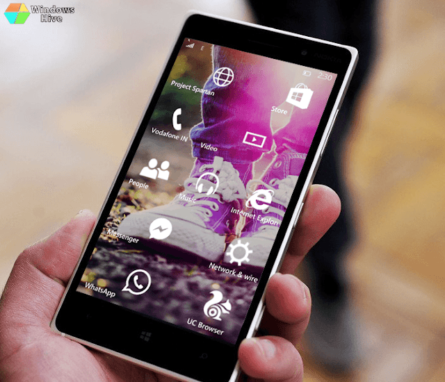 Windows 10 mobile start screen on Lumia 830
