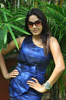 Pavani Reddy Hot Stills At Fashion Destination