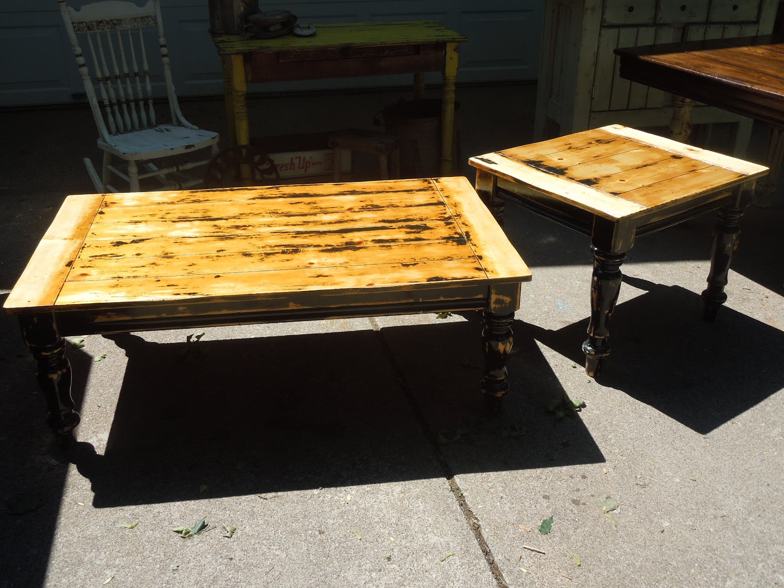 Tattered lantern coffee and end table set sold for Prem table 99 00