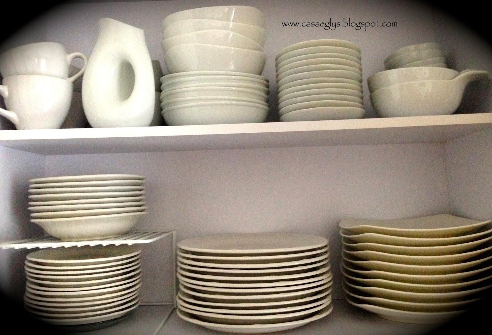 Casa eglys tips de organizaci n cocina - Muebles para vajillas ...