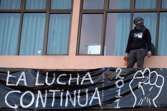 Los estudiantes chilenos protestan contra el actual sistema educativo y piden reformas-