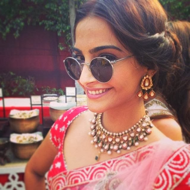 Photo: Sonam Kapoor spotted at her friends wedding