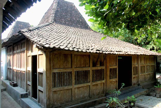 Ayo Ke Museum Batik Joglo Cipto Wening