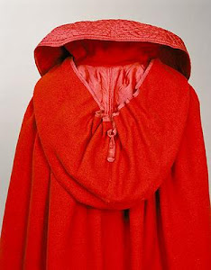 Cloak with hood-calf length-close-up of cloak and collar