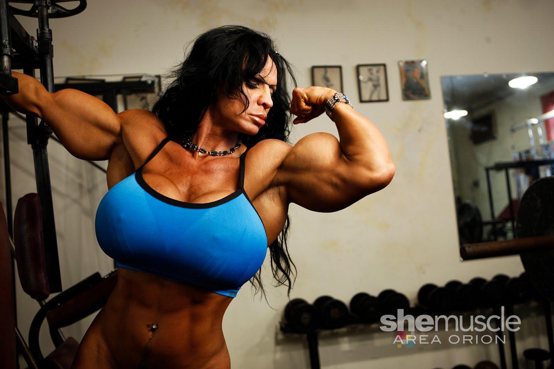 Самые накаченные девушки украины, Как выглядит самая мускулистая девушка в мире 3 фотография