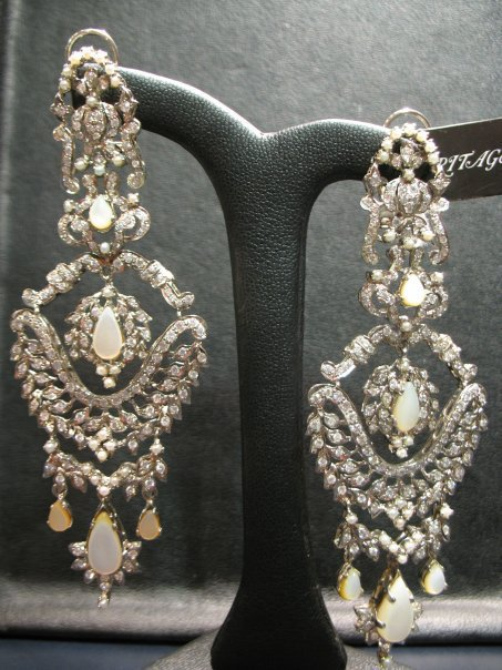 Beautiful elegant stylish Earings Collection january 2012